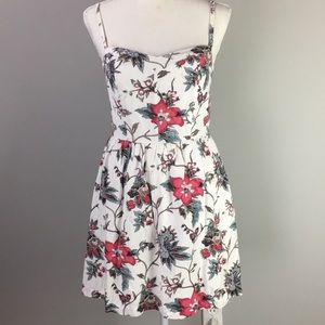 Loft fit n flair floral pink white dress size 0